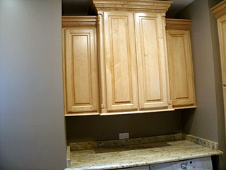 Maple Cabinets With Crown Molding Amish Custom Furniture